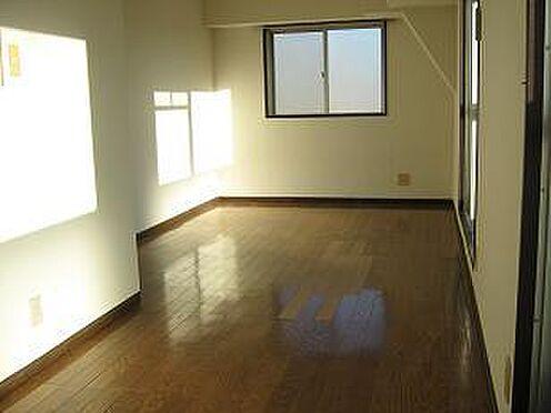 マンション(建物一部)-福岡市東区箱崎2丁目 居間