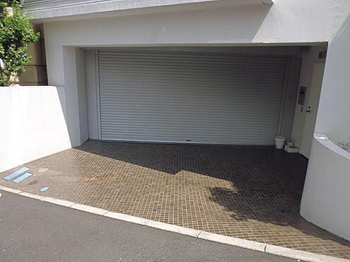 マンション(建物全部)-渋谷区恵比寿3丁目 シャッター付き駐車場
