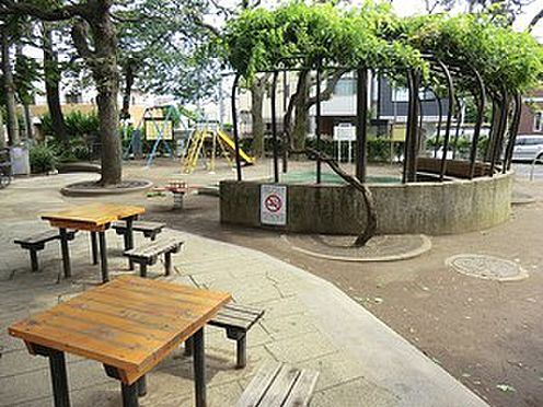 マンション(建物一部)-文京区小石川1丁目 周辺環境:西片公園