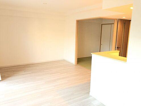中古マンション-尾張旭市印場元町1丁目 世代を問わず人気の高い、白を基調としたシンプルで清潔感のあるデザイン