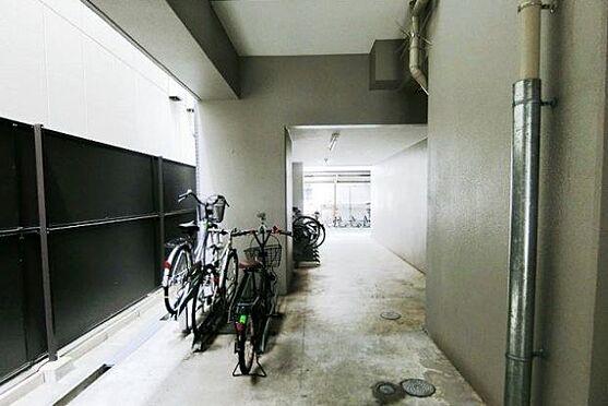 マンション(建物一部)-大阪市西区立売堀3丁目 駐車・駐輪場、バイク置場も完備。