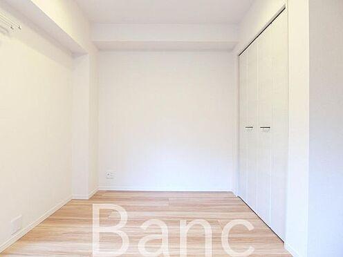 中古マンション-世田谷区三軒茶屋2丁目 梁の無い洋室で家具の配置がしやすい間取りです