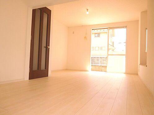 アパート-小金井市前原町2丁目 リフォーム済み、大型注文住宅3SLDK、2住戸、車庫2台付きの発表