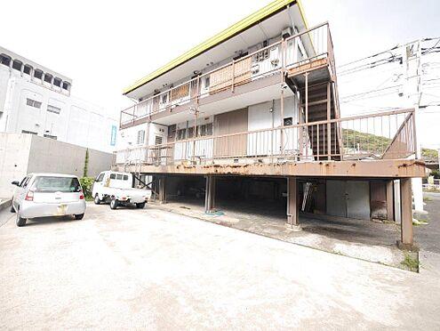 店舗・事務所・その他-北九州市小倉北区霧ケ丘3丁目 構造は軽量鉄骨 木造亜鉛メッキ鋼板ぶき3階建てで、年月日不詳一部取り壊し、平成18年5月31日増築しています。