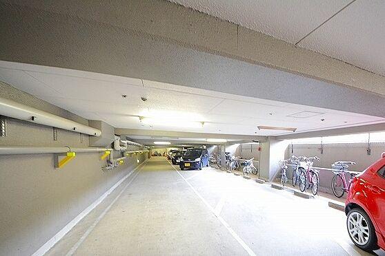 マンション(建物一部)-京都市伏見区東奉行町 駐車場・駐輪場あり