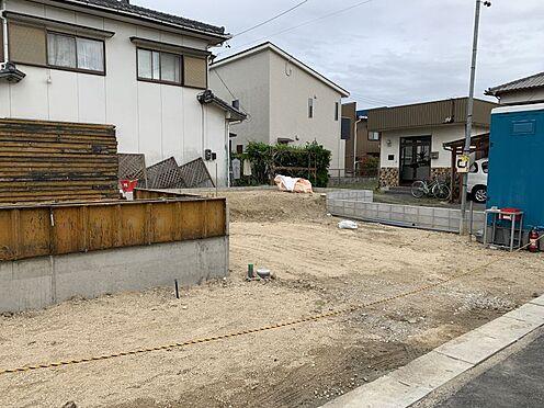 新築一戸建て-豊田市上挙母2丁目 LDKには和室が隣接しており、より広々お使いいただけます。畳の匂いは心が癒されますよね♪