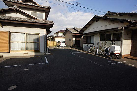 建物全部その他-岡山市中区湊 ◆駐車場の写真です♪