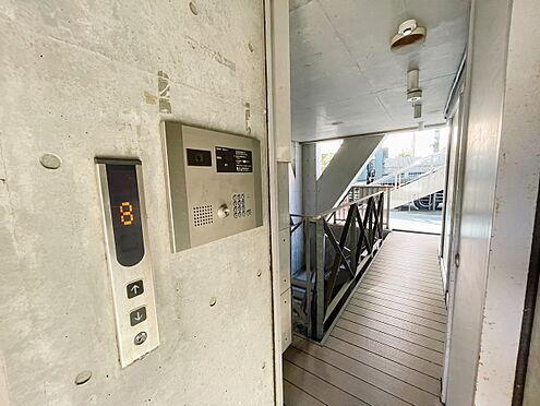 一棟マンション-江東区亀戸1丁目 1階エレベーター前です。
