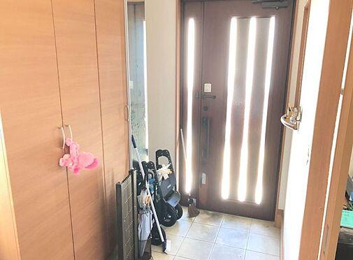 中古一戸建て-豊田市林添町上三五田和 家族みんなの靴がしっかり保管できる収納スペース。玄関がいつでもスッキリ片付きますね
