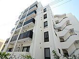 H29年築造・6階建の居住用物件総戸数30・駐車台数20想定利回り5.5%土地面積約153坪
