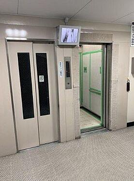 マンション(建物一部)-大阪市旭区太子橋3丁目 防犯カメラ搭載の複数エレベーター
