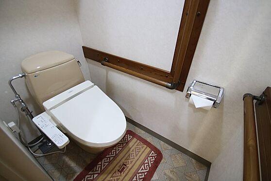 中古マンション-熱海市林ガ丘町 トイレには手すりが多く設置されております。将来も安心です。