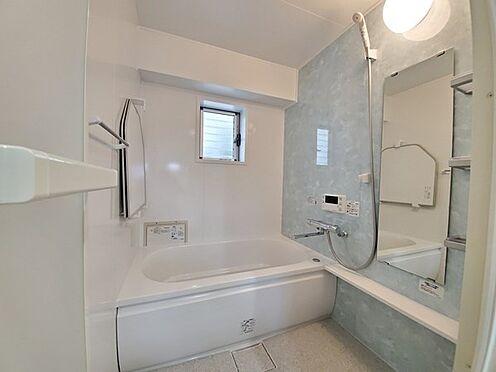 区分マンション-多摩市落合3丁目 バスルームも新規交換済です!地肌の触れる水回りも一新されているので気持ちよくお住まいいただけます!