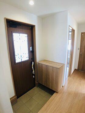 中古一戸建て-安城市東町獅子塚 玄関横にシューズボックスがついているので、片付いた玄関がキープできます