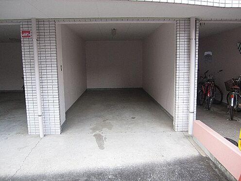 マンション(建物一部)-大阪市淀川区野中南1丁目 駐車場もあるので、車をおもちの方も安心。