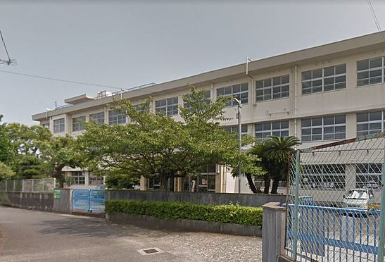 マンション(建物一部)-北九州市小倉南区中曽根1丁目 北九州市立曽根小学校。540m。徒歩7分。