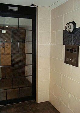 マンション(建物一部)-大阪市天王寺区四天王寺1丁目 エントランスにはオートロックがあります