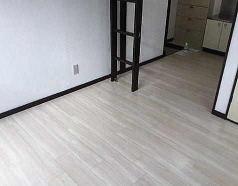 アパート-厚木市三田2丁目 洋室