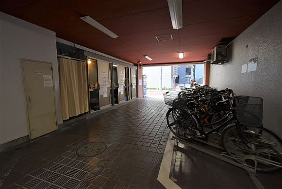中古マンション-中央区築地4丁目 ゴミ置き場、自転車置場