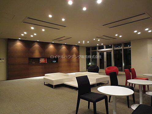 中古マンション-横浜市神奈川区栄町 ラウンジ(2階)