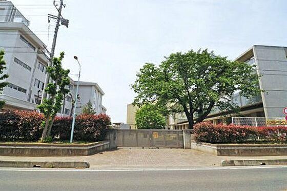 中古マンション-東松山市箭弓町3丁目 【中学校】松山中学校まで735m
