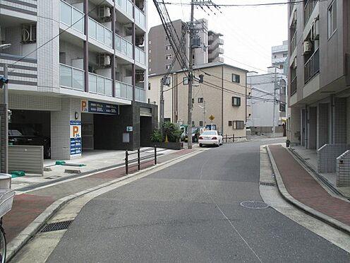 中古マンション-大阪市東成区玉津1丁目 前面道路です