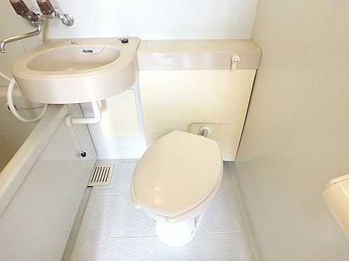 マンション(建物一部)-世田谷区尾山台3丁目 トイレ
