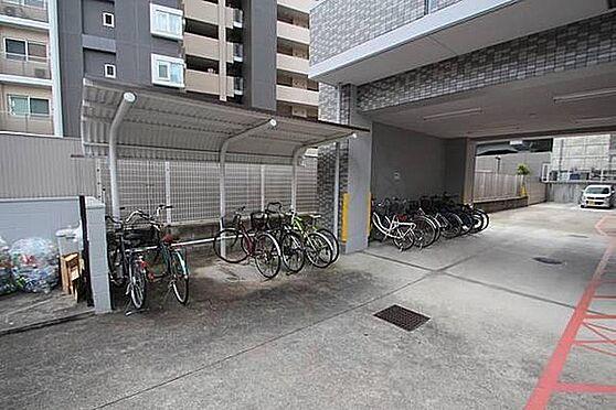 マンション(建物一部)-大阪市東成区中道1丁目 雨を凌ぐ屋根付き駐輪場