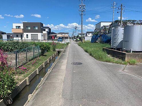 土地-西尾市一色町一色西荒子 交通量が少なく小さいお子様のいるご家庭でも安心して暮らせます。