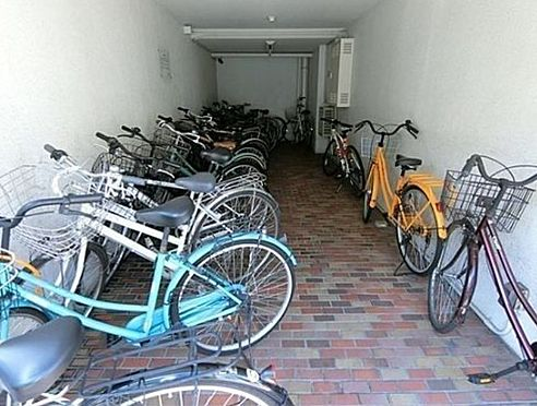 マンション(建物一部)-京都市上京区革堂町 駐輪スペースあり