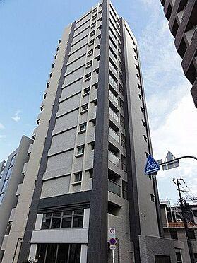 マンション(建物一部)-大阪市西区九条南2丁目 都市部に映える美しい外観