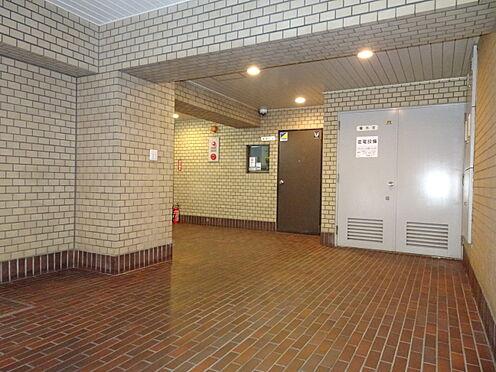 中古マンション-千代田区平河町1丁目 エントランス内風除室を撮影しました。