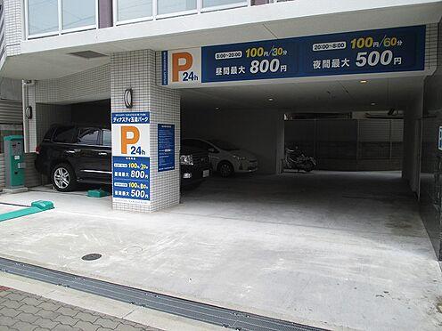 中古マンション-大阪市東成区玉津1丁目 車の出し入れしやすい駐車場です