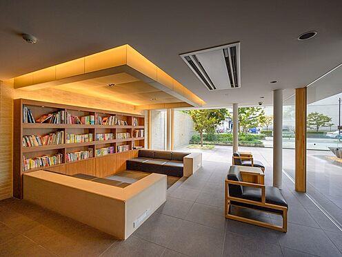 中古マンション-品川区勝島1丁目 ライブラリーです。たくさんの本が置いてあり気分転換になります。