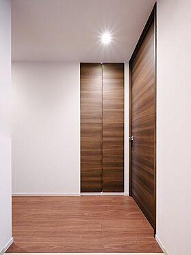 中古マンション-品川区勝島1丁目 家具の配置がしやすく明るくお洒落なお部屋です。