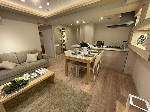 区分マンション-中央区日本橋大伝馬町 開放感のあるリビング