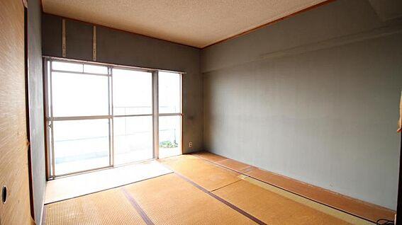 中古マンション-岡崎市矢作町字尊所 こちらのお部屋をリノベしてみてもいいですね!
