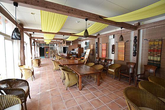 リゾートマンション-熱海市熱海 海音クラブのラウンジです。ここでソフトドリンクなどがオーダーできます。