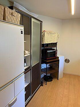 中古一戸建て-新宿区新宿7丁目 奥行きがあり収納力に優れたキッチン