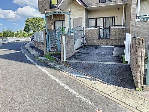 区分マンション-刈谷市築地町4丁目 敷地内(玄関前)駐車場1台継承可能です