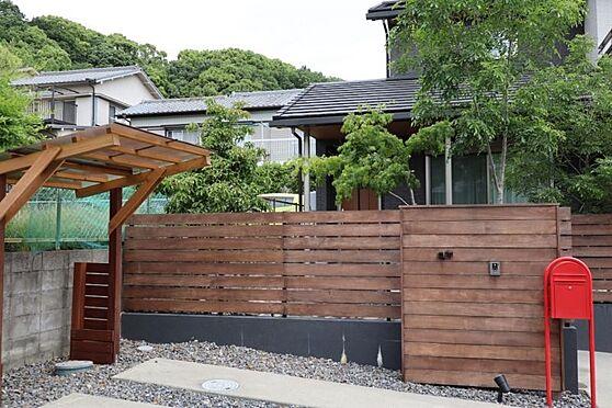 中古一戸建て-日進市岩崎町元井ゲ 雨から自転車を守ってくれるサイクルポート付きです。