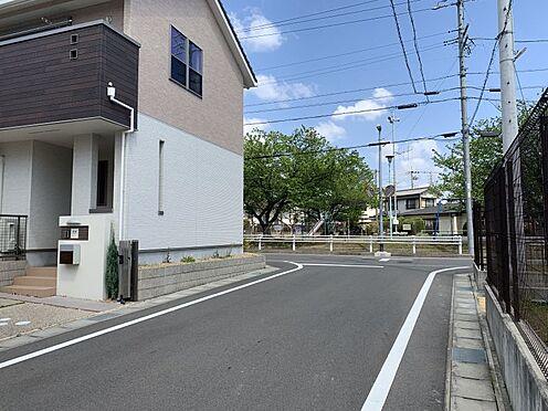 中古一戸建て-知多市南巽が丘4丁目 十分な広さの前面道路