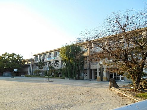 中古マンション-岡崎市東大友町字筆屋 矢作北小学校まで徒歩約12分 (約920m)