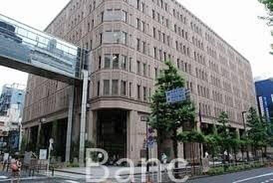 中古マンション-新宿区西新宿4丁目 新宿区役所 徒歩27分。 2100m