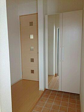 アパート-新発田市中曽根町3丁目 101号室 シューズボックス