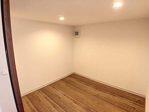 戸建賃貸-江南市高屋町十六田 2階下屋収納2.2帖。お荷物が増えても安心ですね。