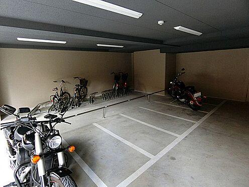 マンション(建物一部)-京都市下京区西七条南衣田町 雨の日も安心な屋内の自転車・バイク置場