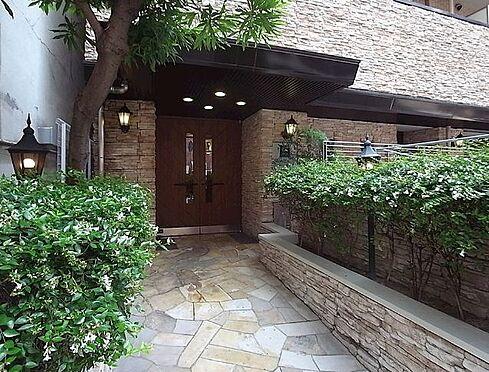 マンション(建物一部)-神戸市中央区古湊通1丁目 緑のあるアプローチ