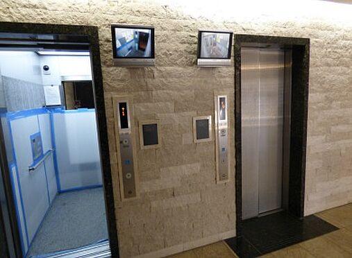区分マンション-大阪市北区長柄西2丁目 防犯カメラ搭載エレベーター