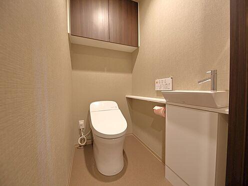 中古マンション-品川区東品川4丁目 毎日使うものだから、「シンプルでムダのないデザイン」で空間と調和するタンクレストイレ
